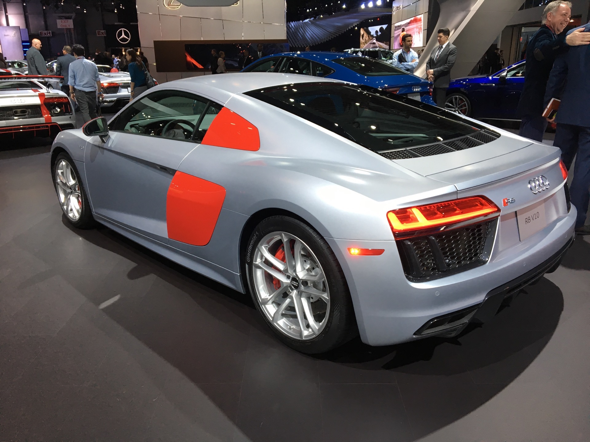 2017 nyias audi r8 audi sport edition comes to new york. Black Bedroom Furniture Sets. Home Design Ideas