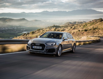 VIDEO: Carwow's Mat Watson lets mom launch his Audi RS4 Avant