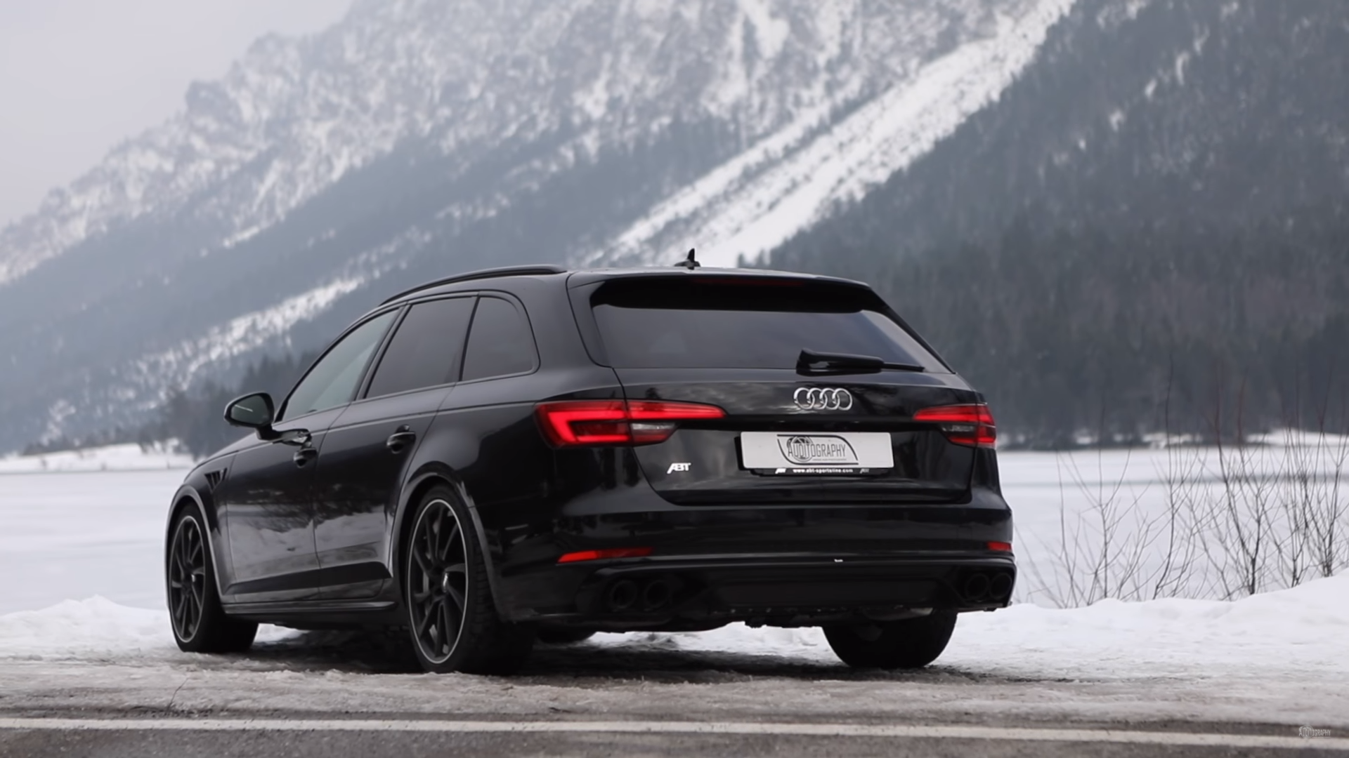 video check this black abt tuned audi s4 in the snow. Black Bedroom Furniture Sets. Home Design Ideas